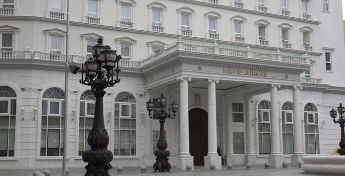 Факти на денот: ВМРО-ДПМНЕ од понеделник излегува на терен, СДСМ го спречи покачувањето на пензиите