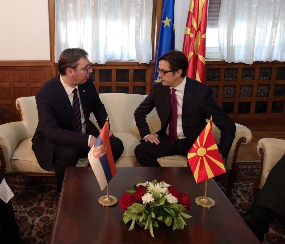 Пендаровски на 22 ноември на средба со Вучиќ