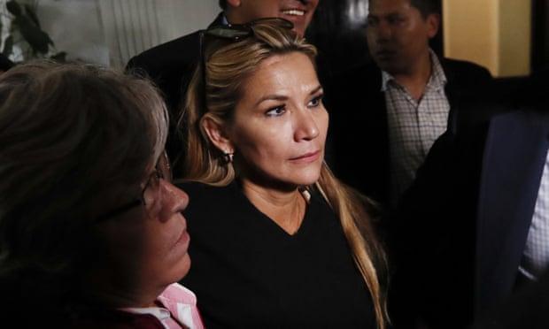 Опозиционерката Жанин Анес најверојатна привремена наследничка на Моралес