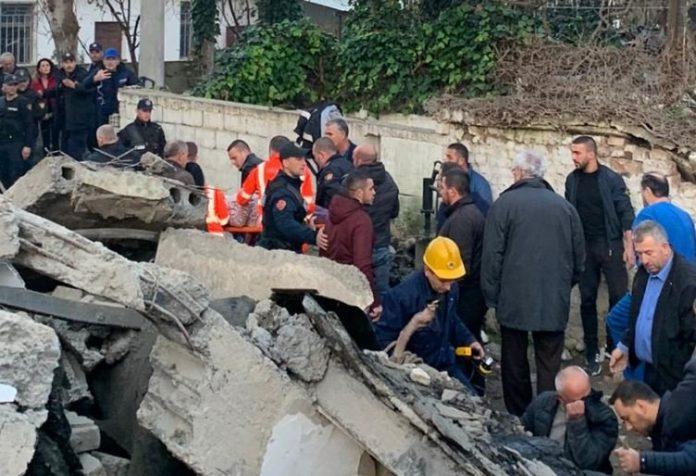 Се зголемува црниот биланс, 35 загинати во земјотресот во Албанија
