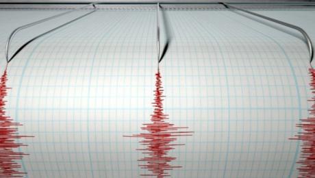Нов силен земјотрес ја стресе Албанија
