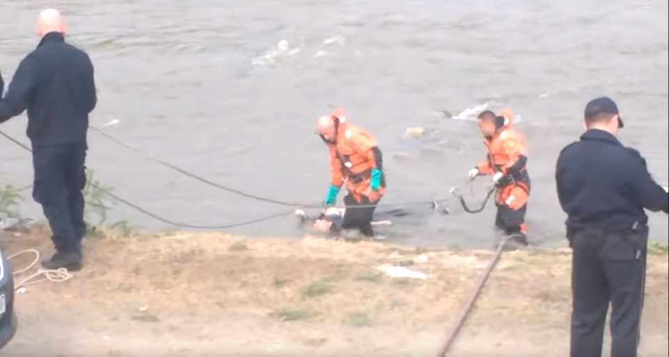 Откриен идентитетот на жената која што вчера се удави во Вардар