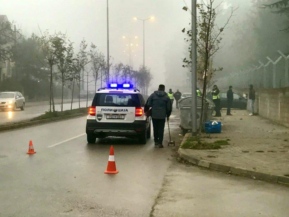 Автомобил го проби ѕидот на тетовската касарна (ФОТО)