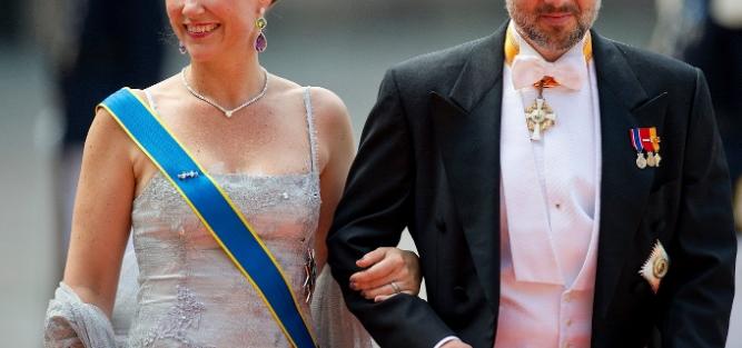 """Светот во шок по трагичната вест која ја објави кралското семејство: """"Жалиме што нашите внуци останаа без татко"""" (ФОТО)"""
