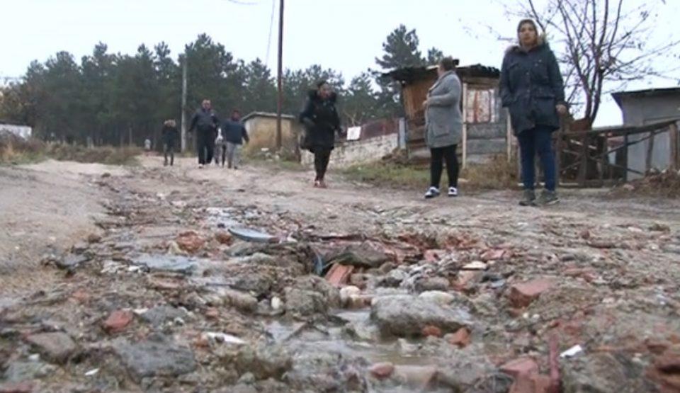 Тошевски: Граѓаните молат за основни услови за живот, а не за тикварникот на Петровска