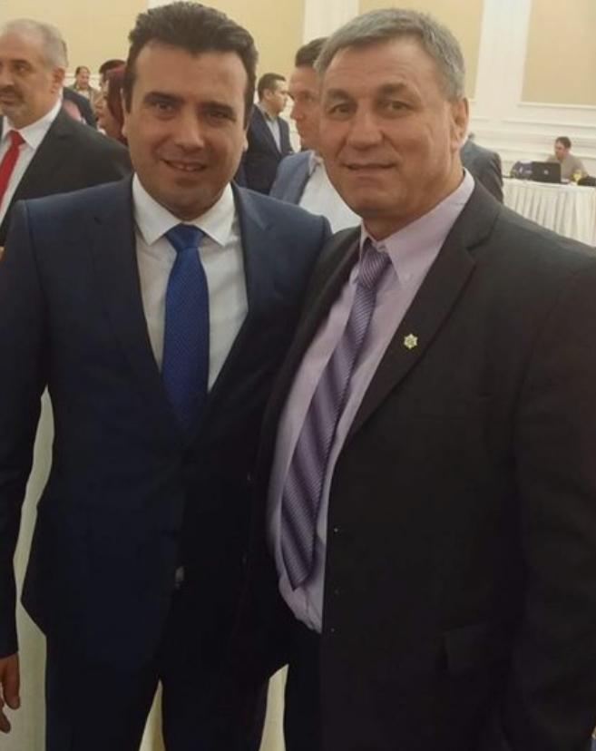ФОТО: Претседателот на Социјал демократската унија која е во коалиција со СДСМ бара оставка од Венко Филипче