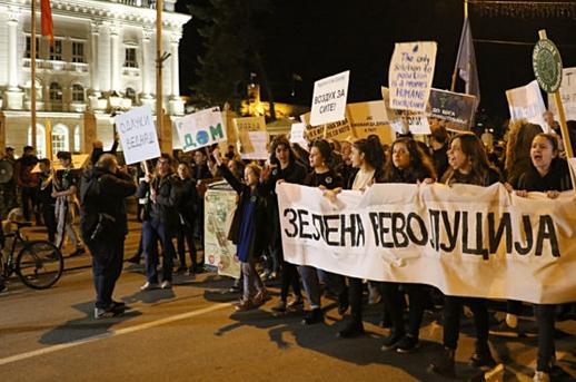 """Владата ги прифаќа седумте барања на """"Марш за чист воздух"""" и повторно ги поканува на средба"""