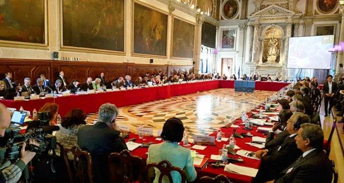 По мислењето на Венецијанската Комисија: Законот за јазици удира во ѕид, кој сега ќе понесе одговорност