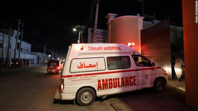 Петмина мртви во напад на Ал Шабаб во хотел во Могадишу