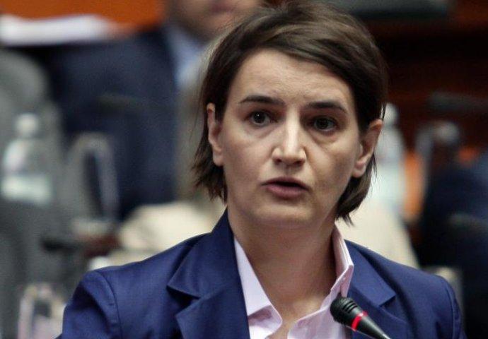 Српската премиерка и нејзината партерка неодамна добија бебе: Ана Брнабиќ прв пат јавно проговори за синот (ФОТО)