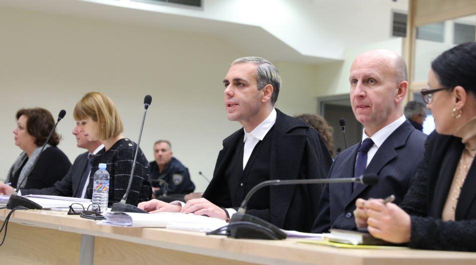 """Судењето за """"Рекет"""" продолжува со презентирање снимки доставени од Камчев"""