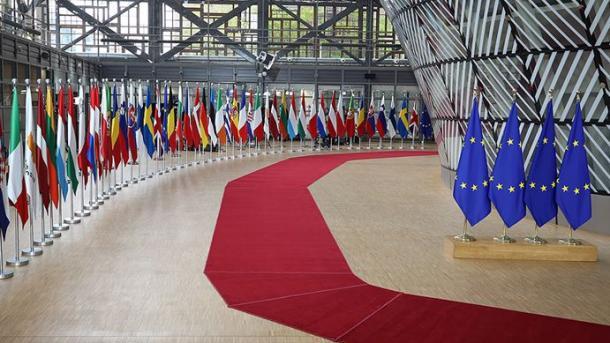 Во Брисел денеска почнува дводневен самит на лидерите на ЕУ