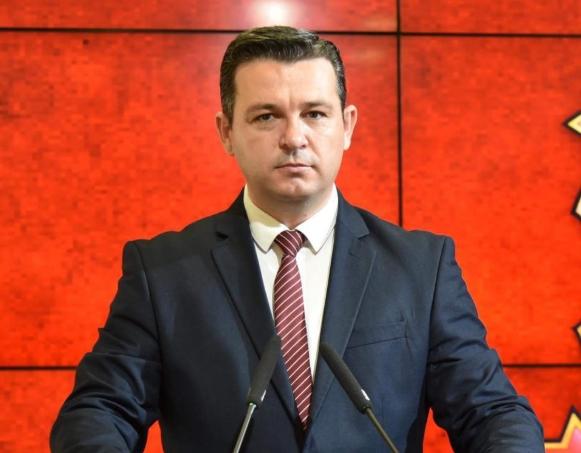 Трипуновски: СДСМ наместо да бара проблем кај што го нема, да побара од Заев и Ангеловска да ги вратат парите што ги земаа нивните фирми од државата