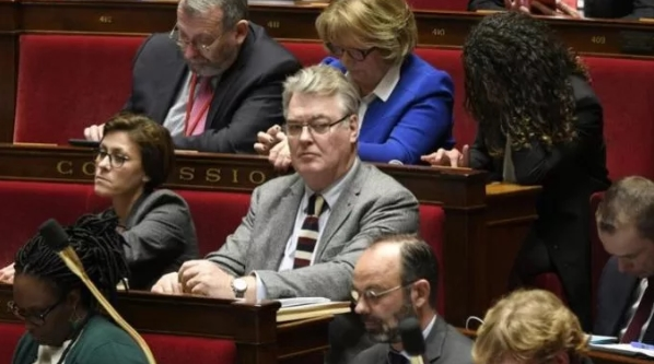 Францускиот висок комесар за пензии Делевој поднесе оставка