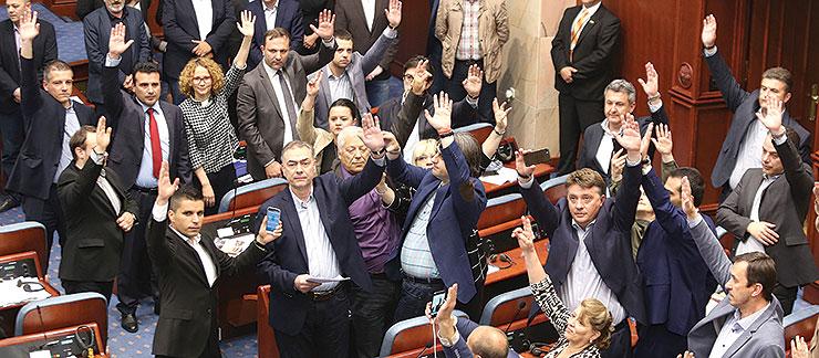 Џафери предвреме ги изброи гласовите: Измените на ВМРО-ДПМНЕ за законот за двојазичноста нема да поминат во Собранието