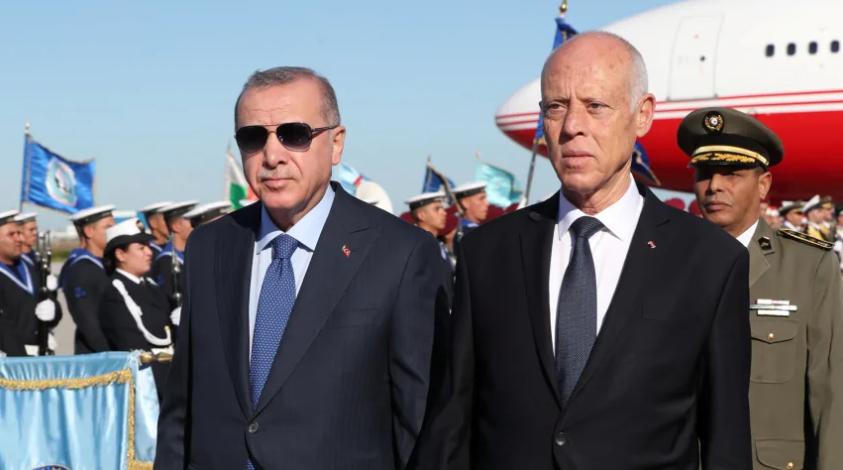 Ердоган во ненајавена посета на Тунис