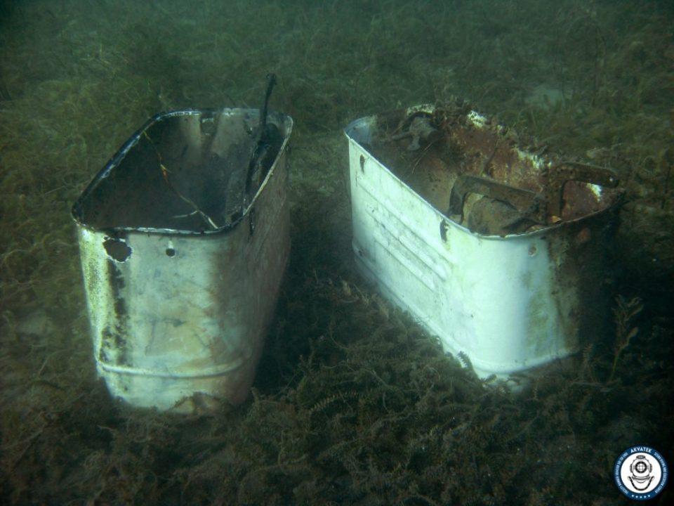 ФОТО: Од Охридско Езеро извадени и две метални казанчиња за тоалет од Југословенско производство