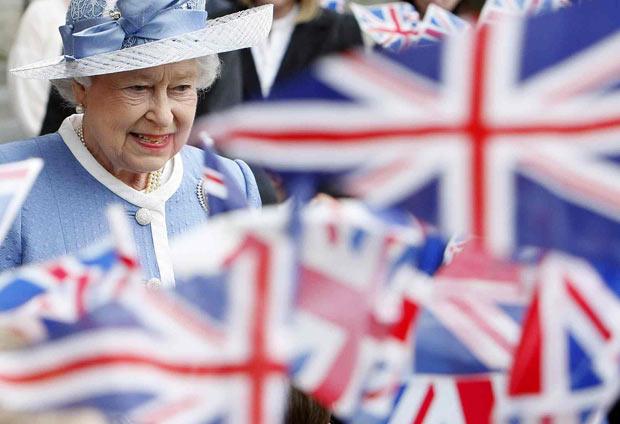Кралицата Елизабета ќе ја претстави програмата на новата влада во Британија