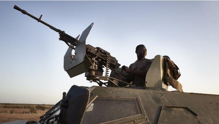 Во напад на џихадистите во Буркина Фасо убиени 35 цивили