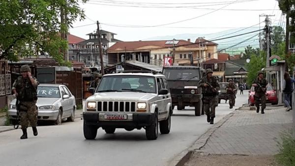 Се апсат напаѓачите во Александар Палас, Специјалците и Алфите на терен, голема полициска акција