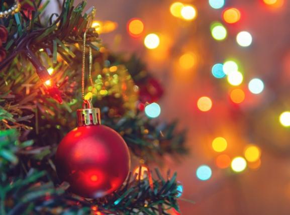 Бадник и Божиќ низ светот