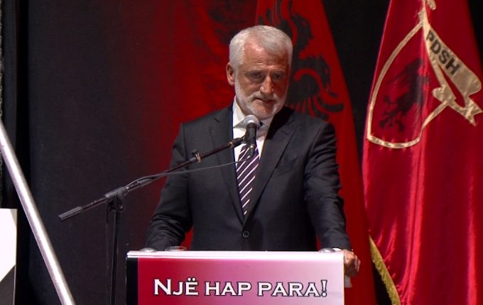 Тачи: Албанците да ја гласаат ДПА или СДСМ, a не другите