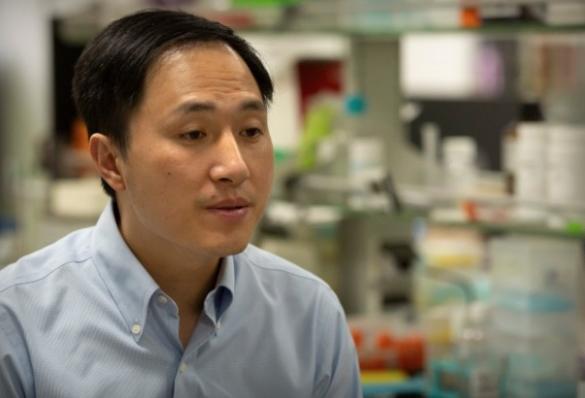 """Осуден научникот кој ги создаде првите """"генетски модификувани"""" бебиња"""
