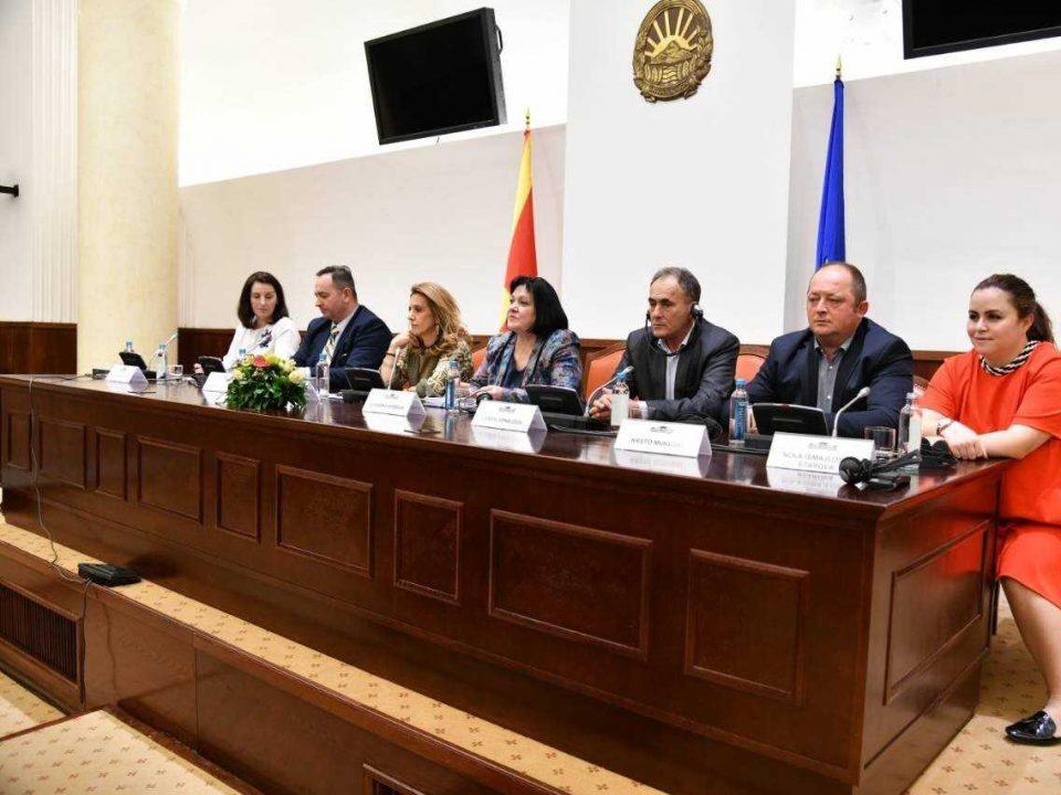 Независните по урнек на Заев бараат оставка од Мицкоски, Канческа Милевска вели дека не била консултирана