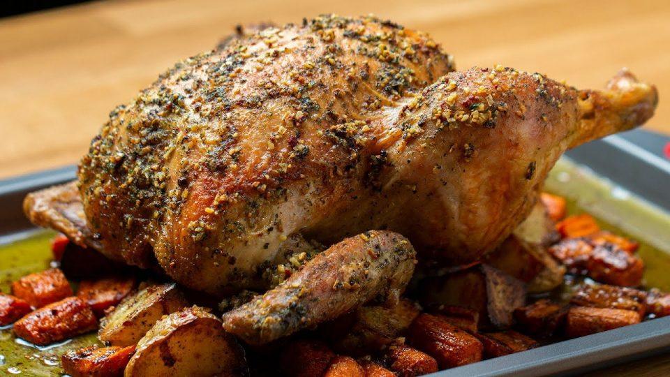 Рецепт на денот: Печено пиле со зеленчук
