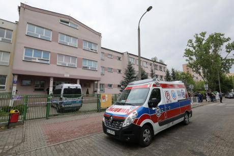 Четворица мртви во рушење на куќа, меѓу загинатите и едно дете- се трага по 4 лица