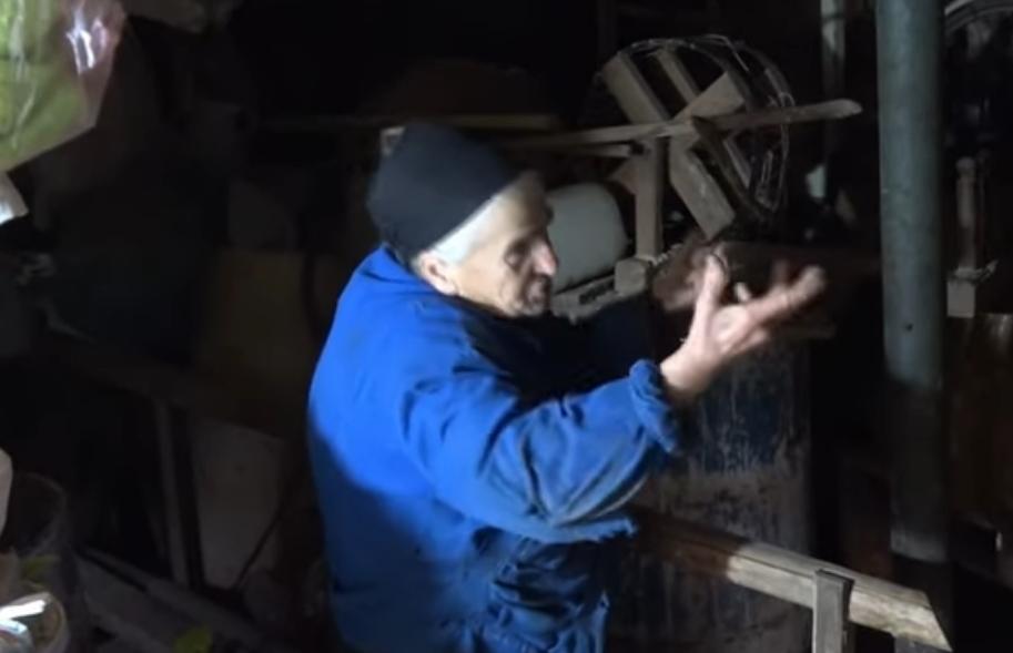 Семејство од Прилеп очајно бараат помош, цели 15 години се бори да спречи рушење на својата куќа