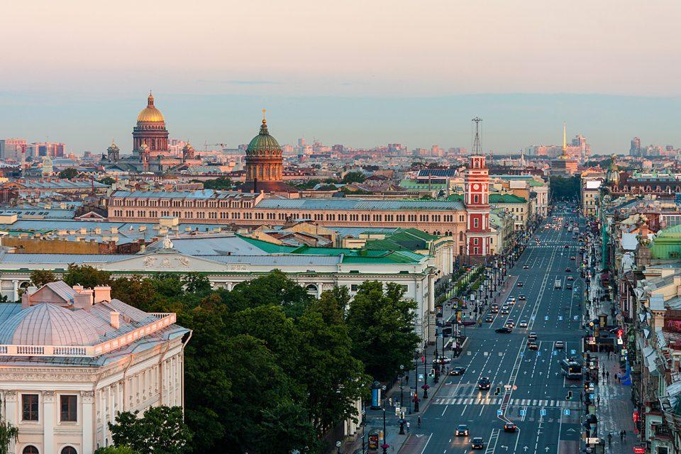Повторно лажни дојави за бомби во Санкт Петербург