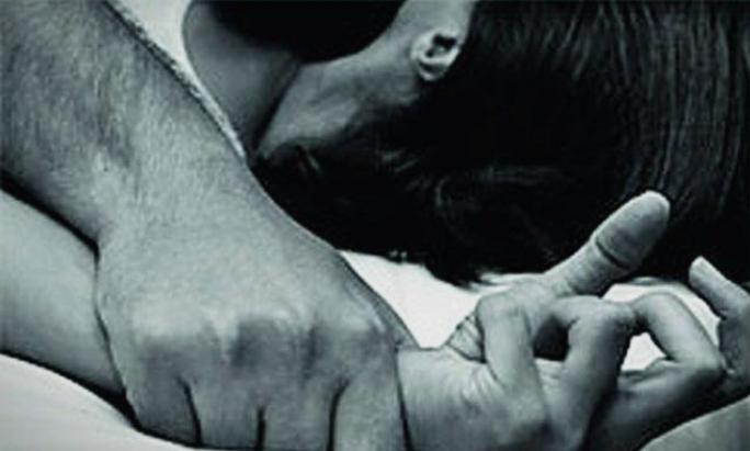 Полицијата уапси 8 лица, силувале тинејџерка