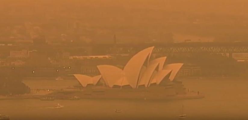 Големите пожари во Австралија не стивнуваат, на Сиднеј му се заканува опасност (ВИДЕО)