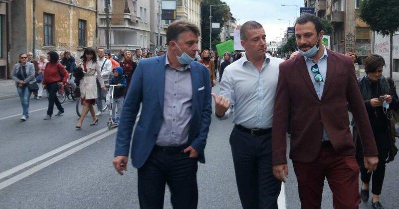 ВМРО-ДПМНЕ: Скопје со денови има покривка од смог, градот е огромен логор