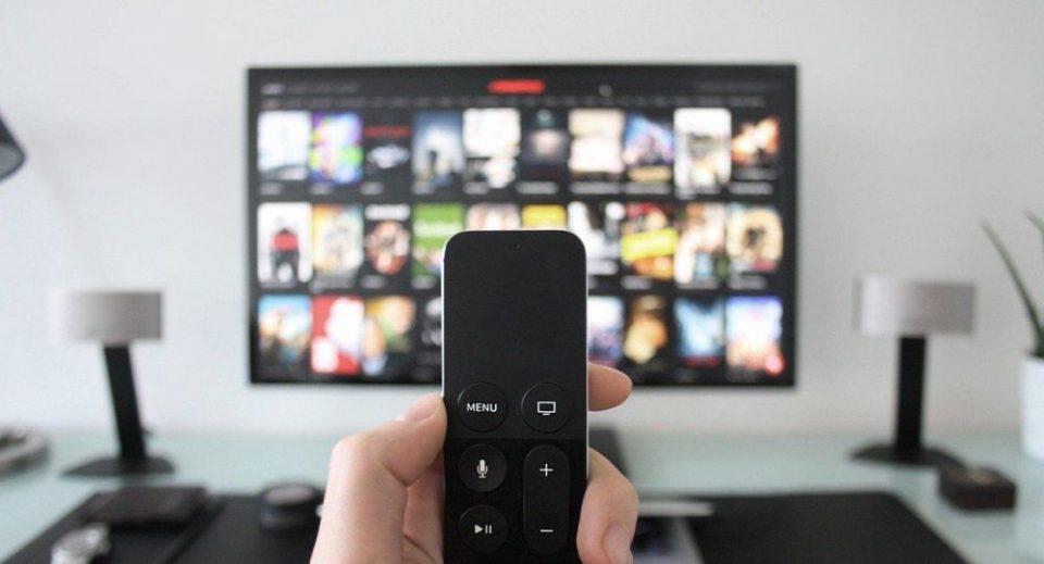 ФБИ предупредува: Паметните телевизори може да ве шпионираат