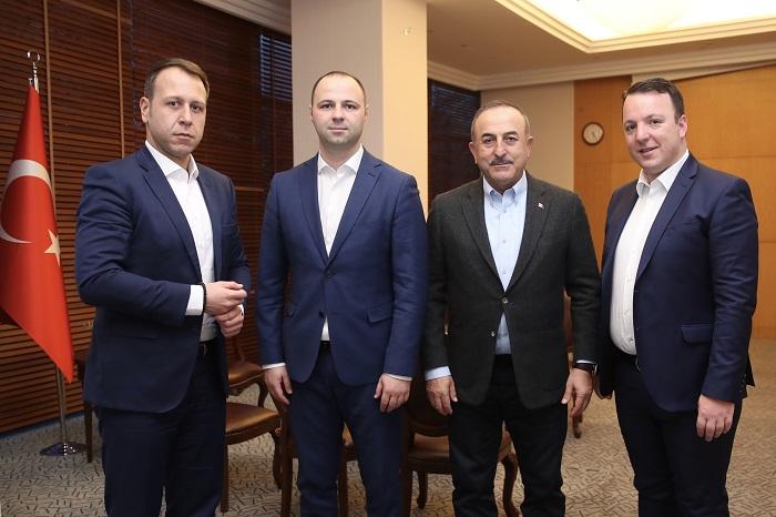 Министерот за надворешни на Турција на средба со делегација од ВМРО-ДПМНЕ