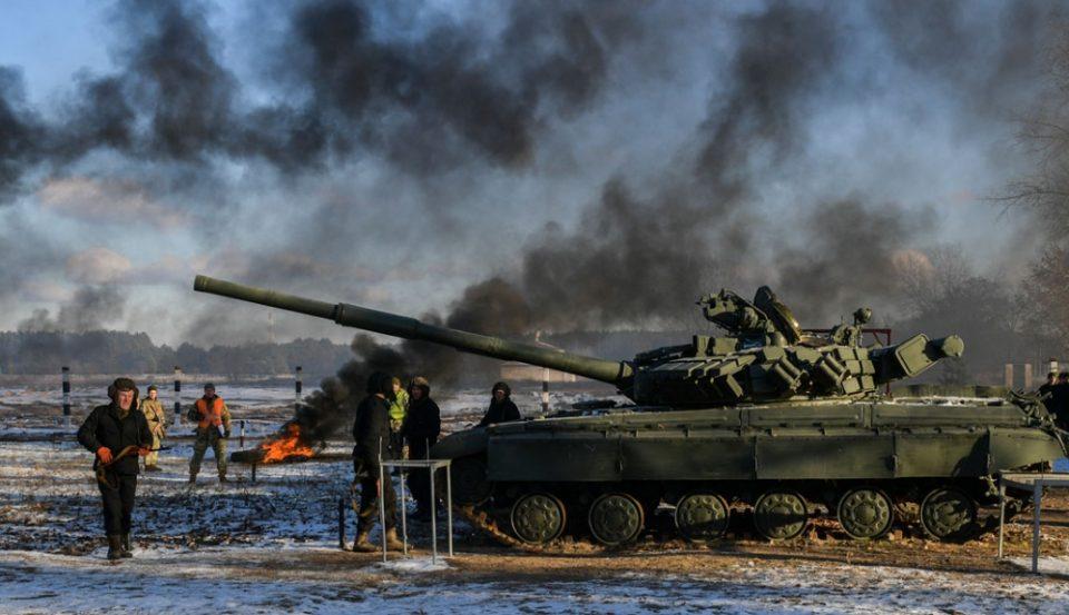 Пред клучниот самит во Париз, во источна Украина убиени двајца војници