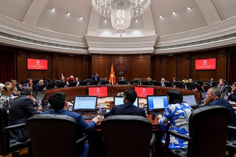 Милошоски: Зошто владата на Заев не ја следи Црна Гора во санкциите кон Русија?
