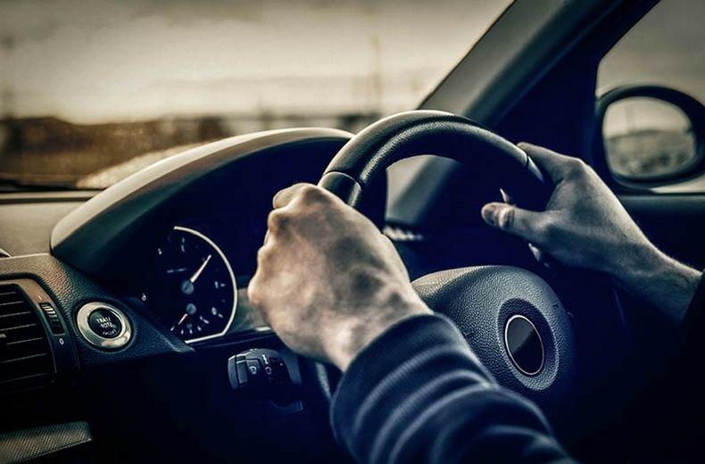 РЕКОРДЕР: Ги положил тестовите за возачки испит од 157. обид