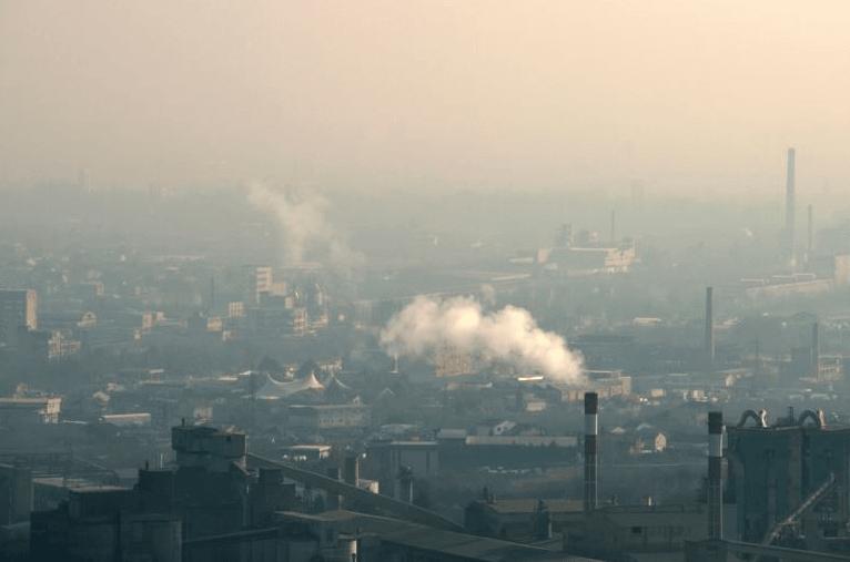 Советничка група на ВМРО-ДПМНЕ во град Скопје: Скопје тоне во смет, воздухот е загаден, а Шилегов не си ја работи работата