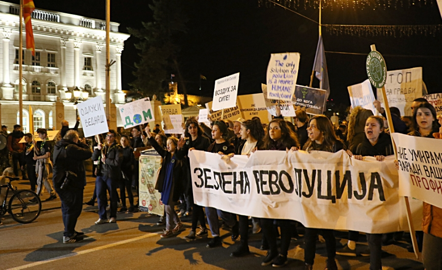"""Пред масовниот протест на """"Зелена револуција"""", организаторите добиле покана од Заев: Еве што му одговорија граѓаните на премиерот"""