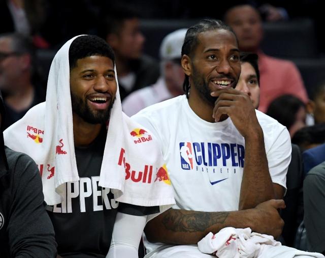 НБА ѕвезда се расфрлаше со пари во стриптиз бар! (ВИДЕО)