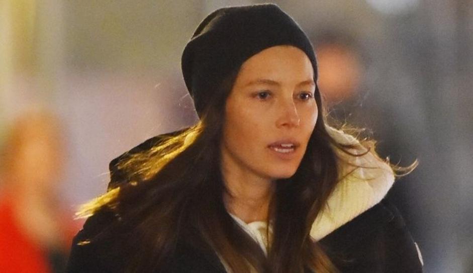 Актерката е убавица и без грам шминка на себе (ФОТО)