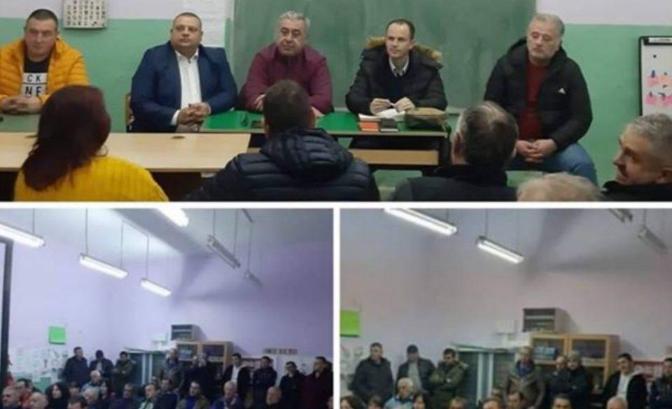 СДСМ држи партиски состаноци во образовни институции спротивно на Законот за основно образование