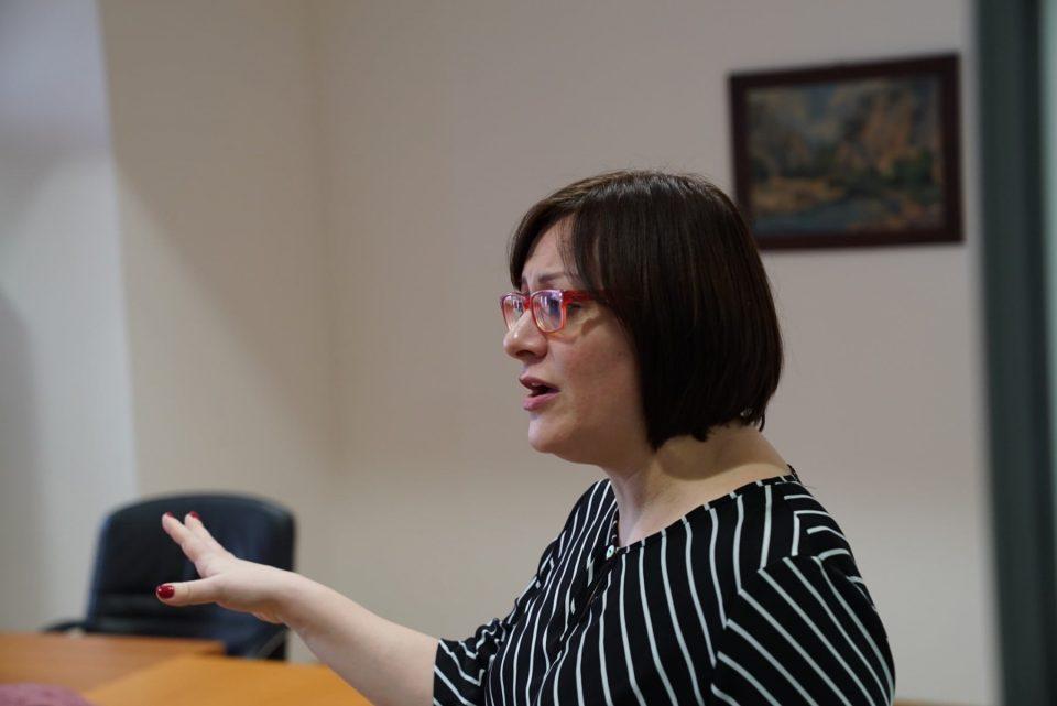 Димитриеска Кочоска: Забраната за комуникација само го потврдува стравот од разобличување на вистината