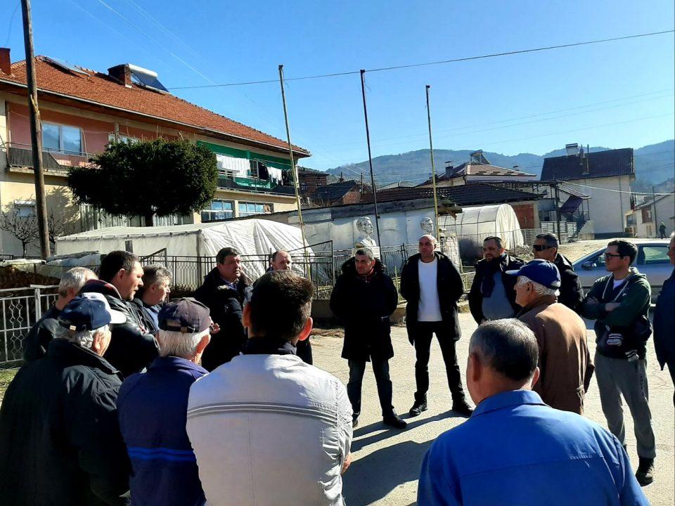 Димовски и Мицевски меѓу граѓаните: Македонија мора да биде држава со која Македонскиот народ ќе се гордее и поистоветува