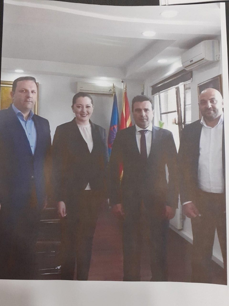 Вонбрачната партнерка на Курто Дудуш како претседател на Советот на Општина Шутка си ја вработила мајка си иако таа не се појавува на работа