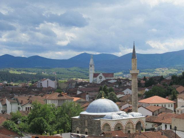 Косово: Српските верници не доаѓаат во Ѓаковица за Бадник