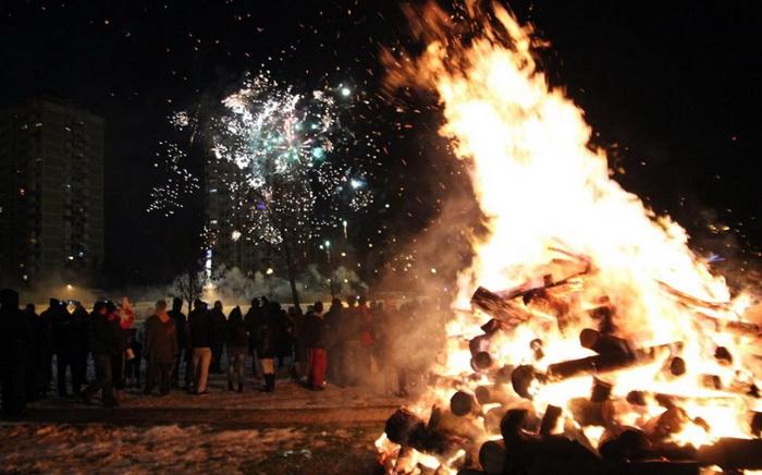 Традиционалното палење на Василичарски Оган во Ѓорче Петров